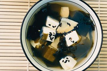 How to cook Clear soup with bamboo and tofu