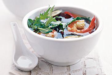 How to cook Hearty miso soup with prawns and eggplant