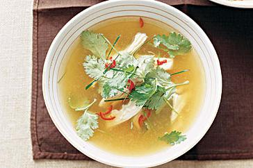 How to cook Hot and sour chicken soup