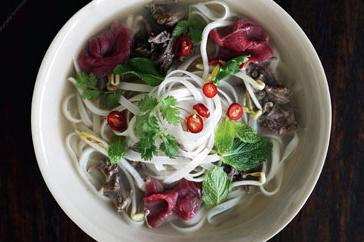 How to cook Pho bo (beef noodle soup)