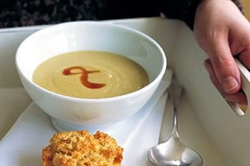 How to cook Spiced corn soup with polenta muffins