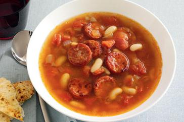 How to cook Spicy chorizo, white bean & tomato soup