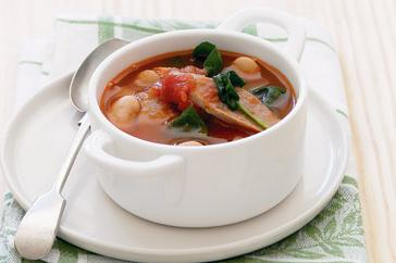 How to cook Tomato, white bean and sausage soup